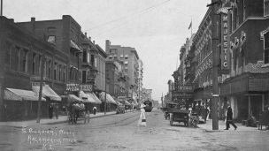 South Burdick Street in downtown Kalamazoo in 1913.