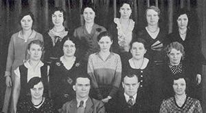 Jr. High Club members photo from the 1932 yearbook.