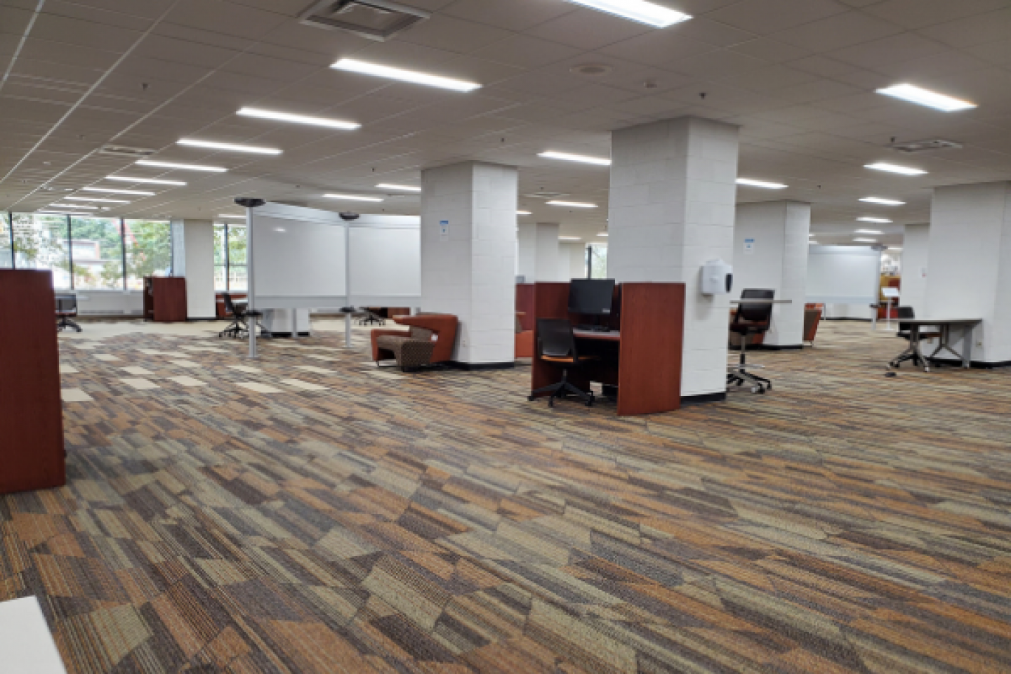 Photo of empty space in WMU libaries.