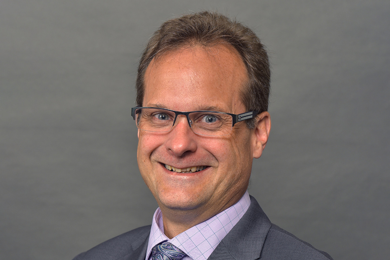 Dr. Steven Carr