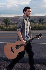 Photo of Phillip Phillips.