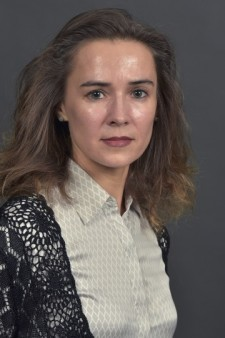 Headshot of Dr. Elena Litvinova