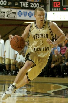 Photo of WMU basketball player.