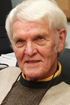 Photo of Dr. Richard Williams.