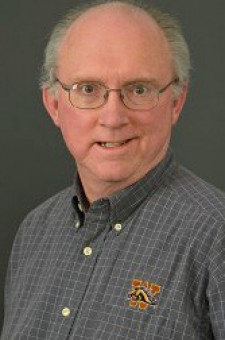 Photo of Dr. Steven Cartwright.
