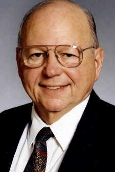 Photo of Dr. Daniel Stufflebeam.
