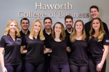 Photo of a group of WMU food marketing students.