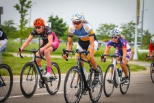 Cyclists in WMU BTR Park Bike Race