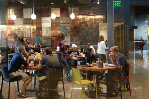 Students dining in the VDC outside Cilantro's