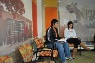 Students waiting for advising in the Center for Academic Success Programs lobby