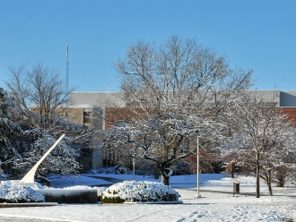 Photo of WMU campus in winter.