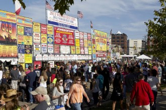 Photo of a crowd at Ribfest.