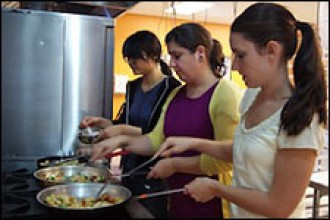 Photo of Chinese cooking class.