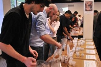 Image of a mead and ale tasting at the congress.