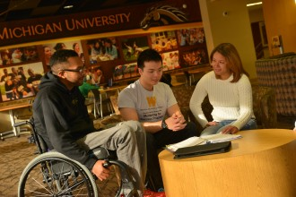 Student mentoring in the Bernhard Center