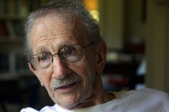 Photo of Philip Levine.