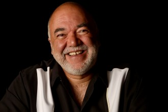 Photo of Peter Erskine.