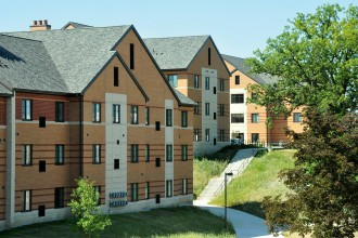 Exterior shot of WMU's Western View apartment-style residences.