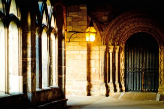 The cloisters in Durham Cathedral on a sunny day.