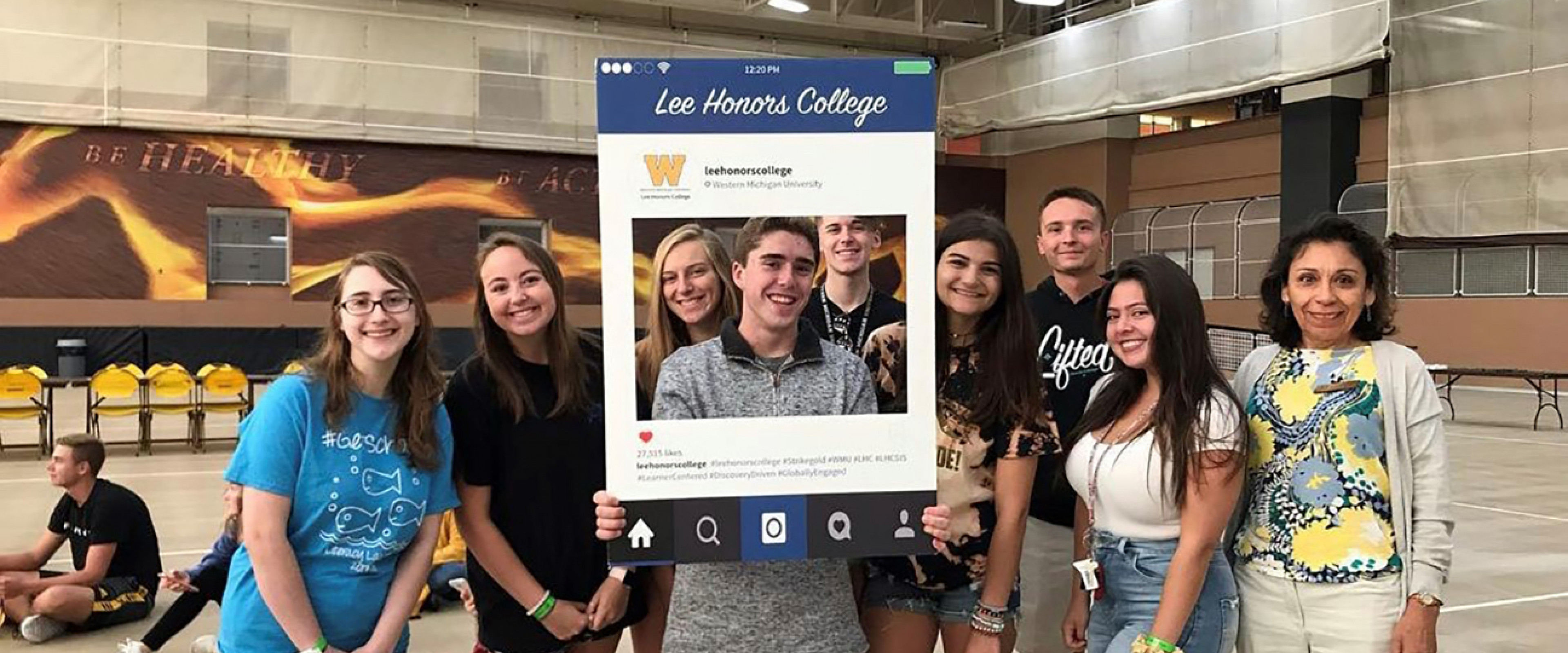 Honors students with Dean Lopez at the annual Day of Service event.
