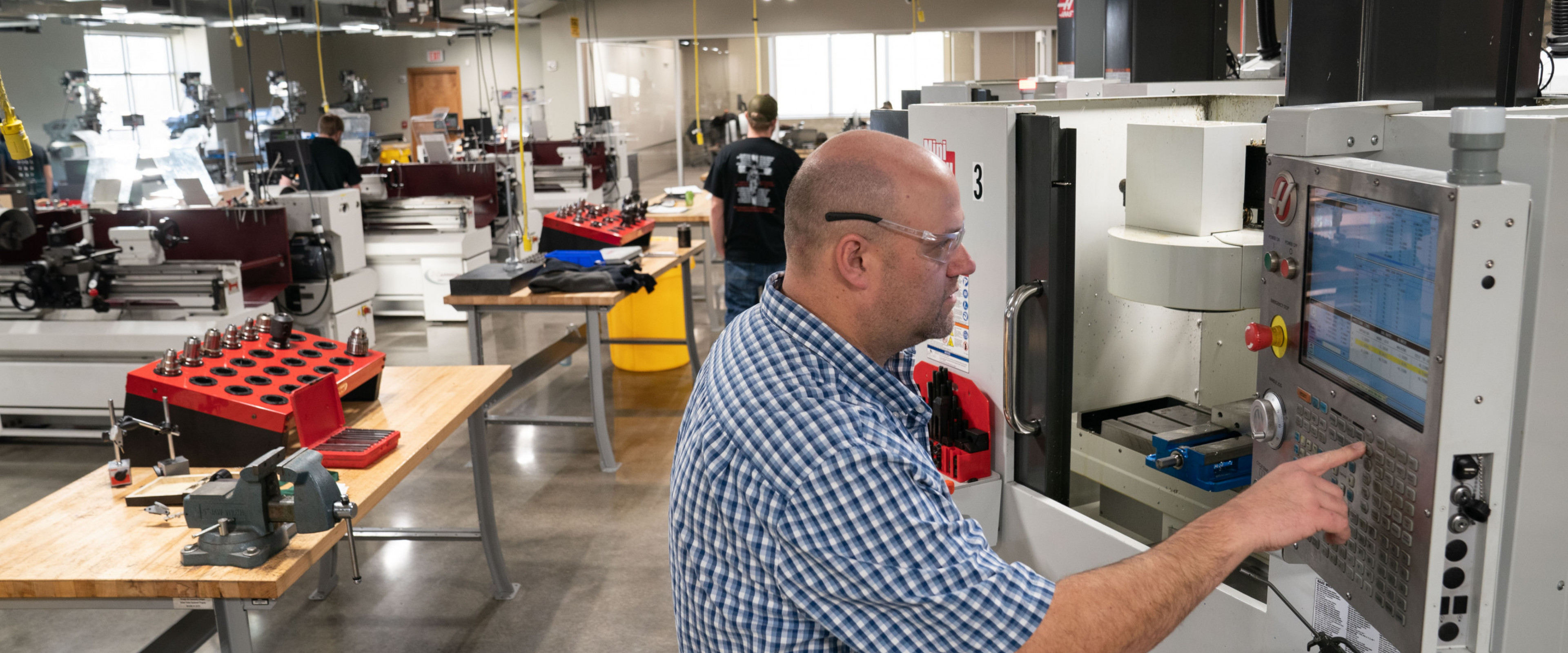 Man using equipment at AMP Lab @ WMU