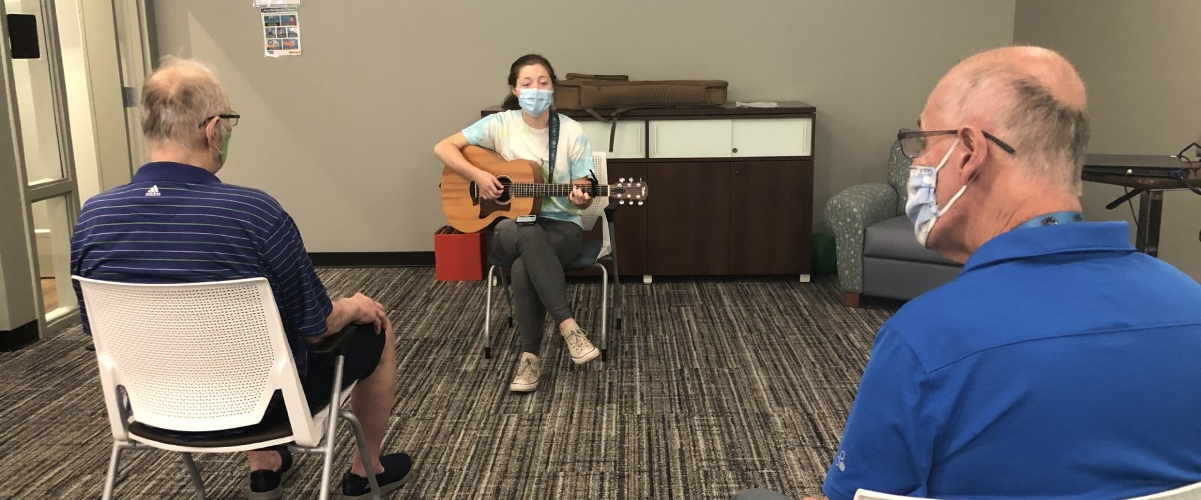 Music therapy student and participants