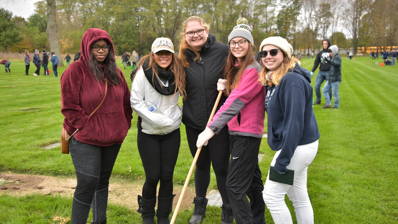 Students participating in the Fort Custer National Cemetery Project