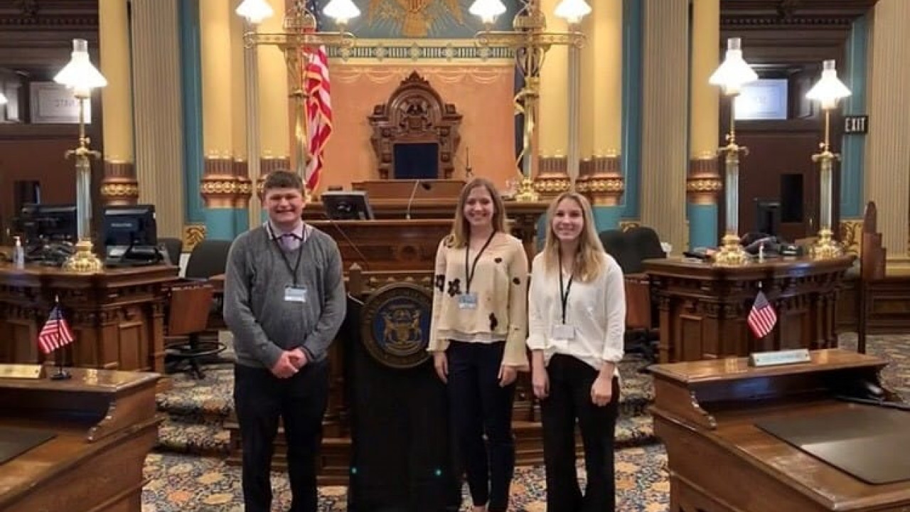 Capital Interns in Lansing capitol building