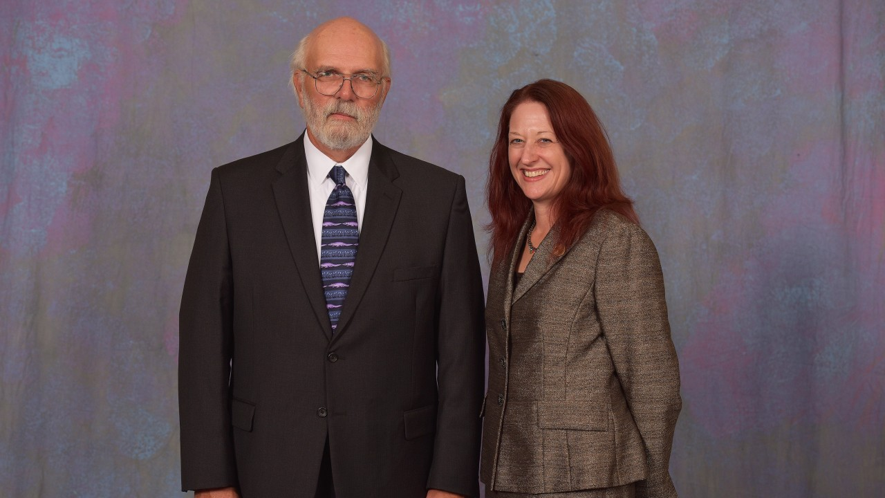 Dr. Jack J. Manis and dean Carla Koretsky