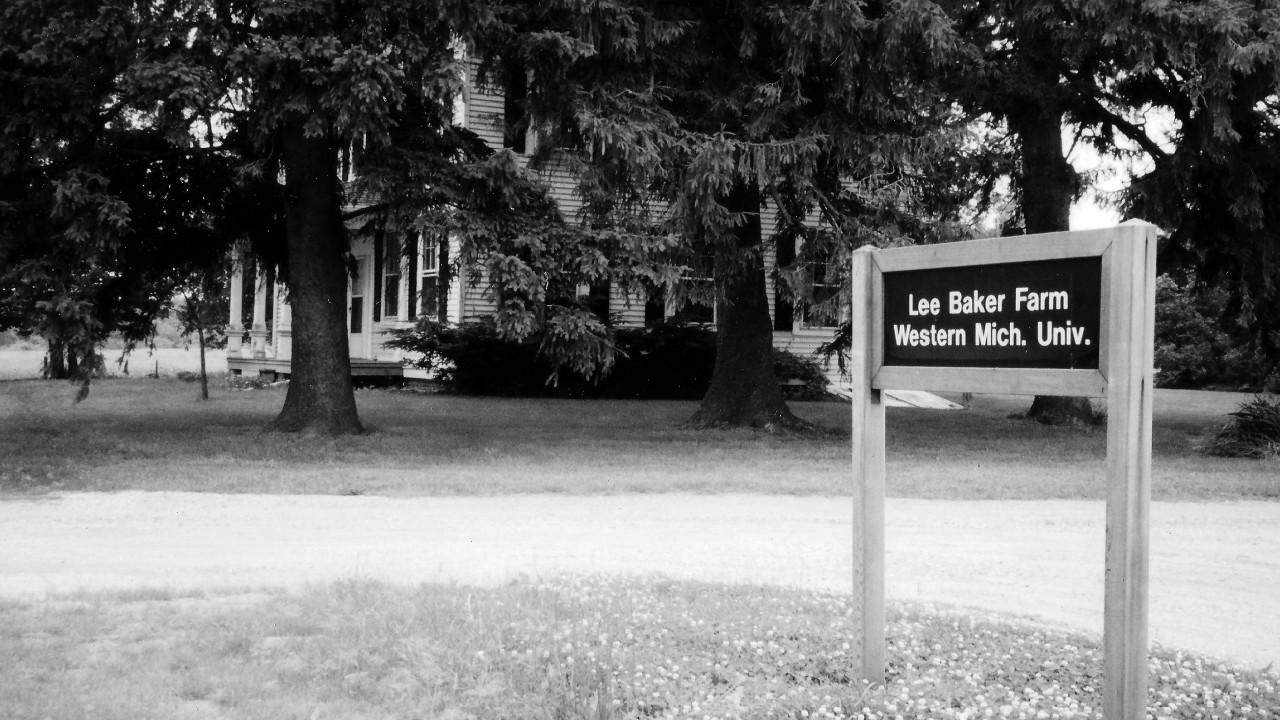 Baker Farm Sign