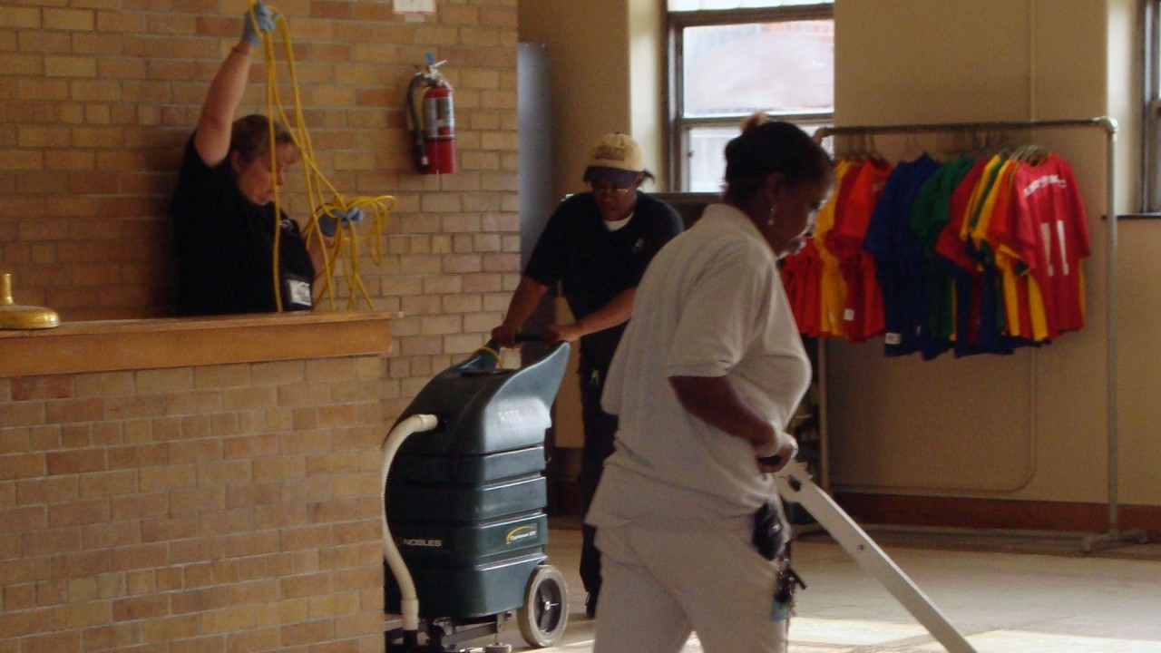 WMU custodial employees working together
