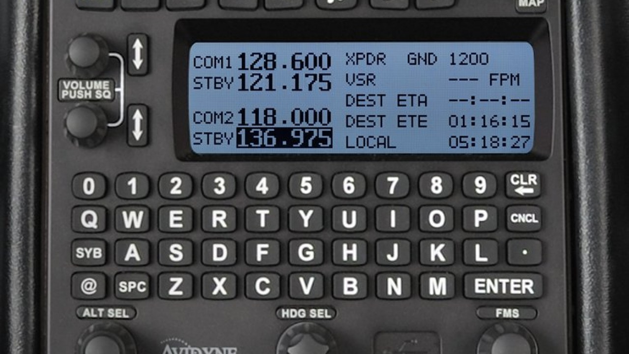Avidyne R9 avionics platform used to train professional pilots at WMU