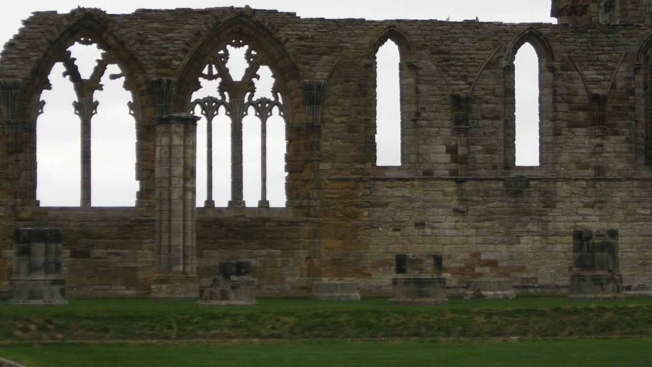 Image of the ruins of Whitby Abbey. Photo: Sally Hadden.