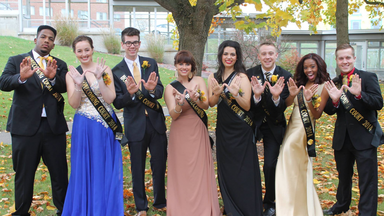 students dressed in homecoming attire