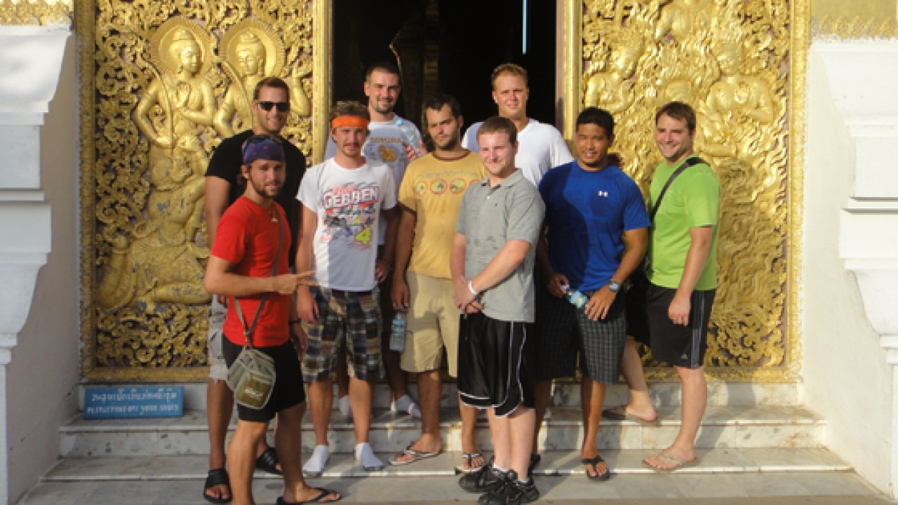 Photo of interns in Thailand.