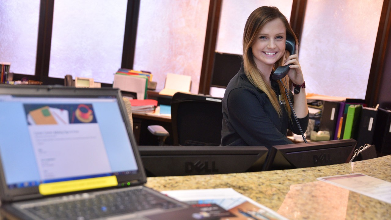 Receptionist in career center