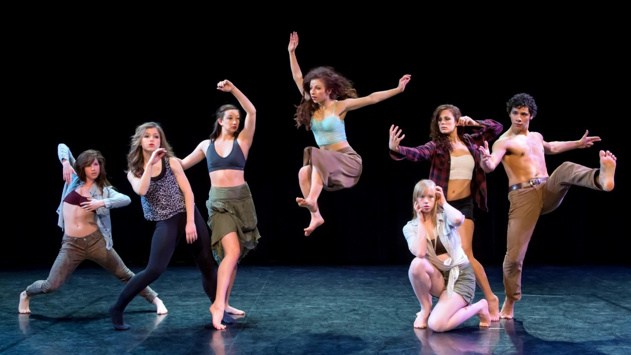 Photo of WMU dance students on stage.