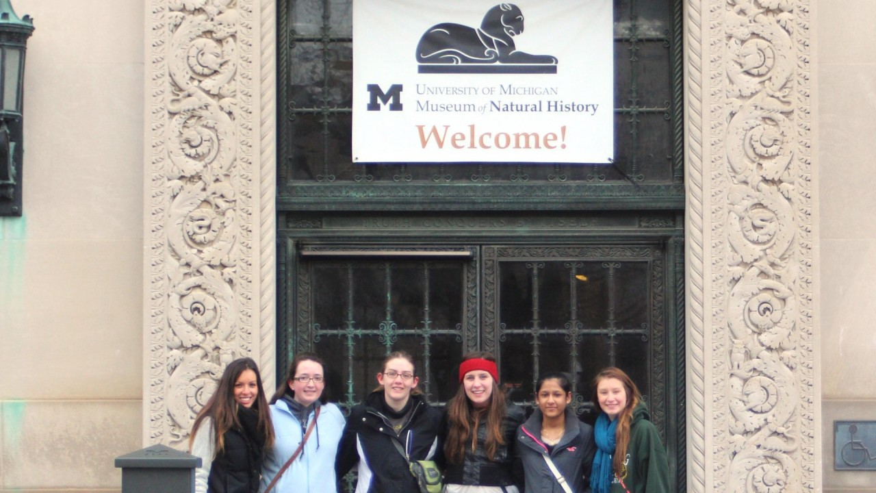 Students in front of museum.