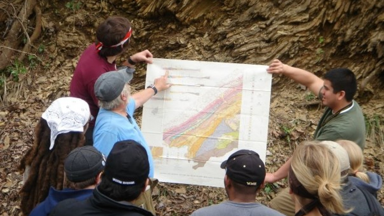 WMU geology students in the field.