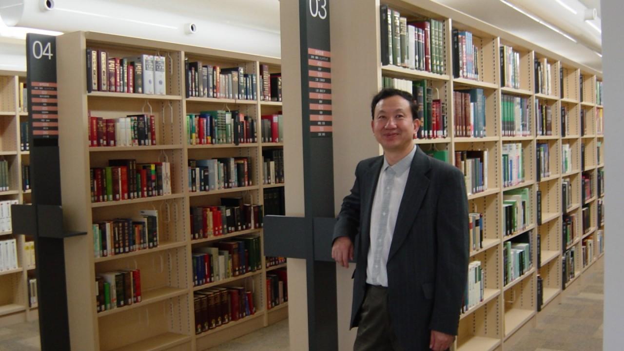 WMU's Dr. Xioajun Wang.