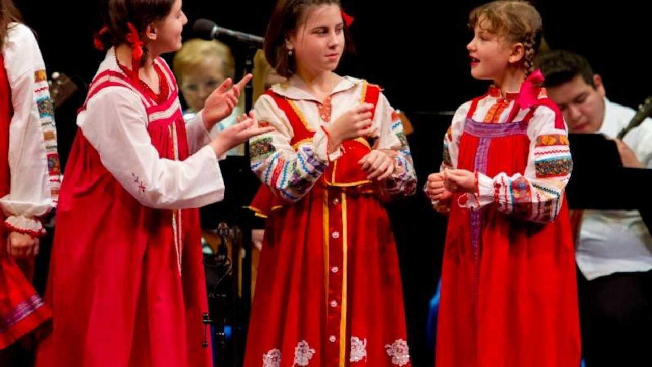 Children in Russian traditional costumes