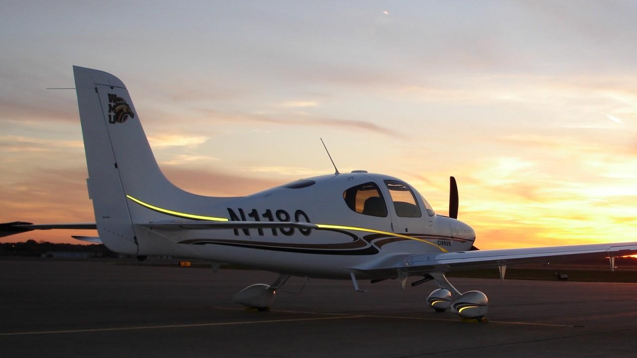 WMU Cirrus plane on tarmac.