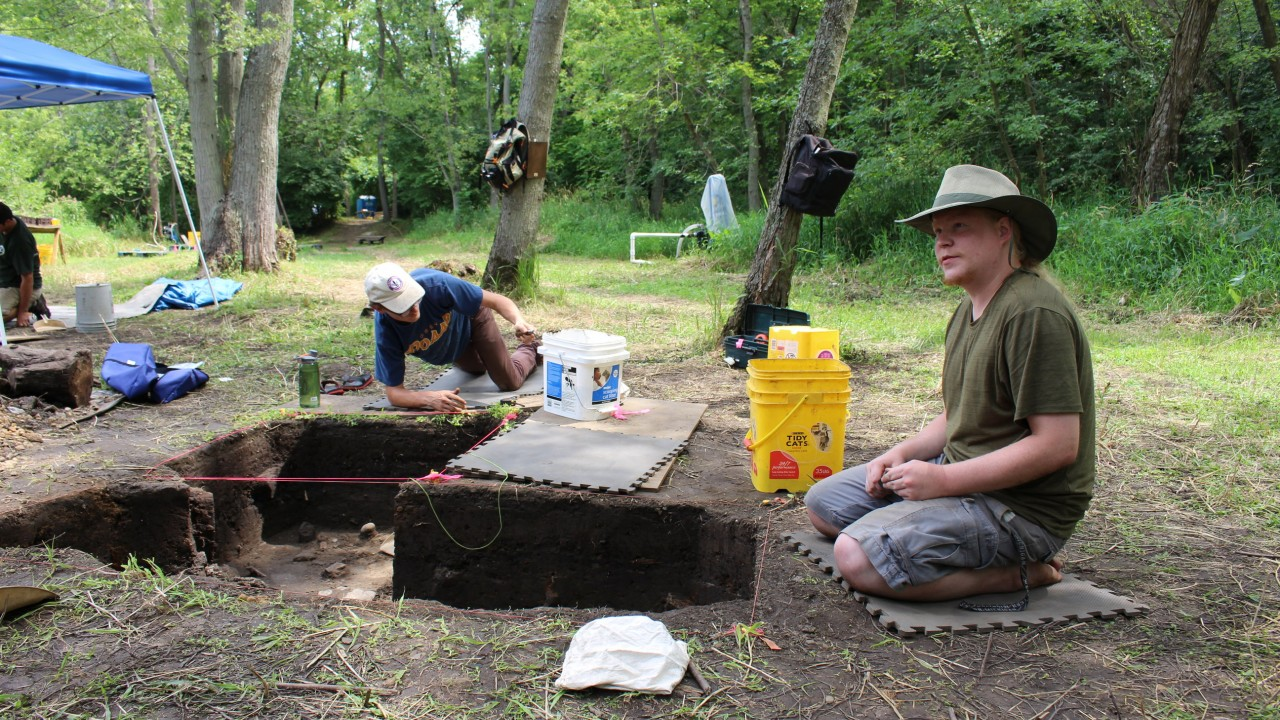 WMU students working in the field, digging