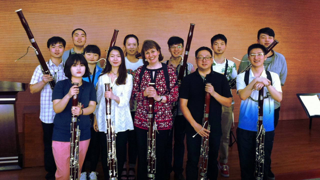 bassoon students in China posing