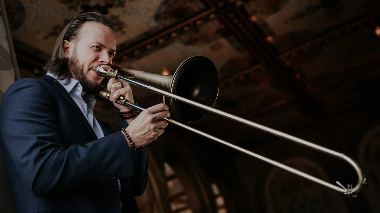 Elliot Mason, trombone