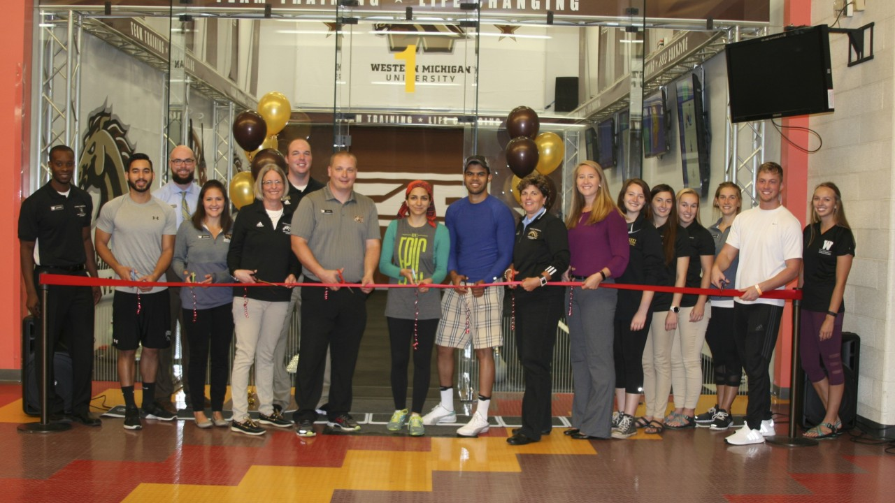 Ribbon cutting ceremony for F45 with staff and organizations