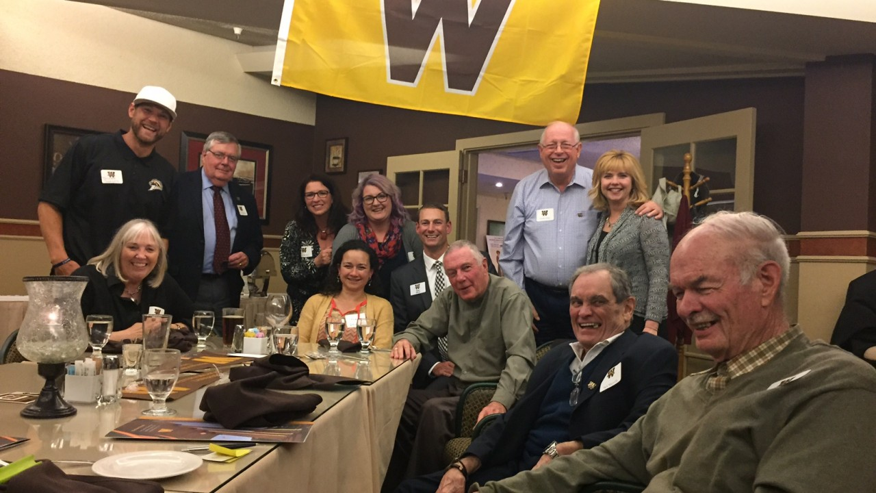 Department of Geosciences alum gather in Reno at Hidden Valley Country Club.