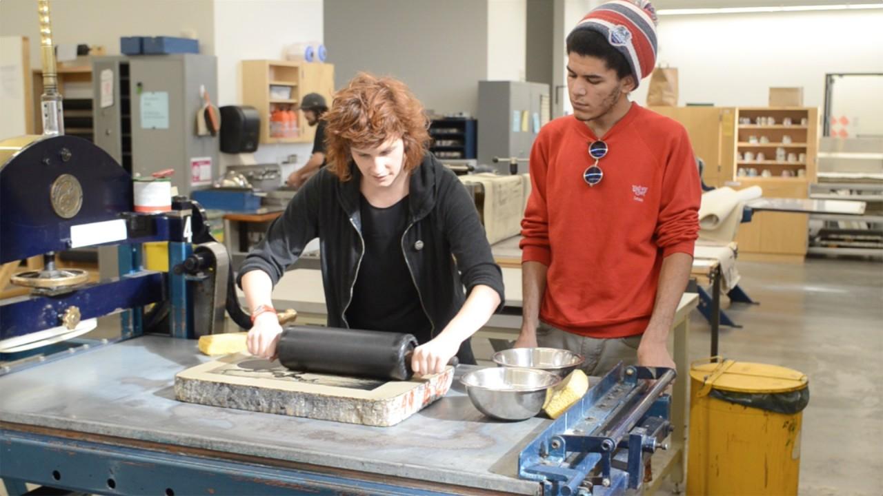 students working in printmedia