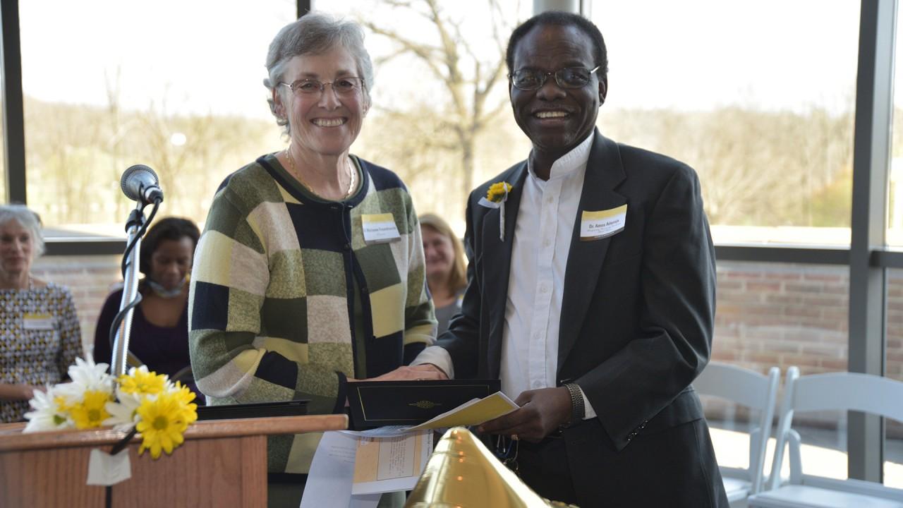 Amos Aduroja Recieves College Award