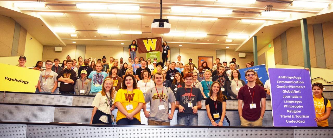 Students at freshman orientation